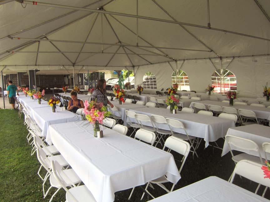 Showboat-Motel-Restaurant- Weddings inside tent view